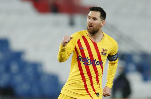 Messi ghi bàn và sút hỏng penalty, Barca chia tay Champions League - Ảnh 2.