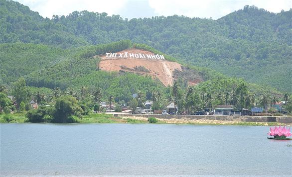 Phá rừng để gắn tên Thị Xã Hoài Nhơn: Sẽ trồng cây, phủ xanh lại rừng - Ảnh 1.