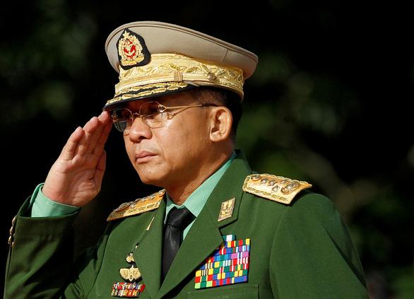 Mỹ trừng phạt 2 người con của tướng đứng sau đảo chính Myanmar - Ảnh 1.