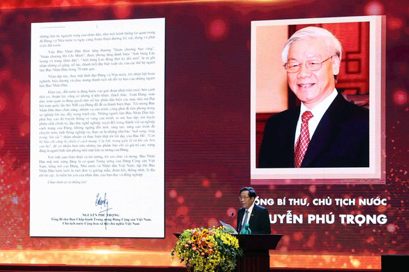 Tổng bí thư, Chủ tịch nước Nguyễn Phú Trọng chúc mừng báo Nhân Dân kỷ niệm 70 năm ra số đầu tiên - Ảnh 1.