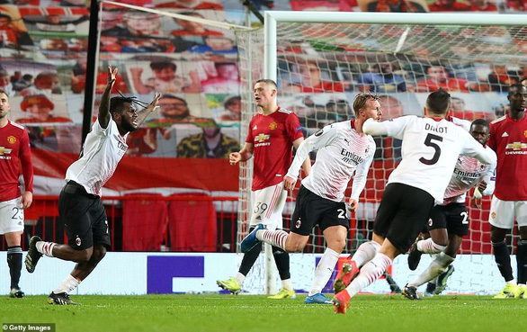 Europa League: AC Milan gỡ hòa Manchester United ở phút 90+2 - Ảnh 3.