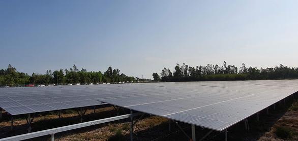 Hậu Giang có nhà máy điện mặt trời 700 tỉ đồng - Ảnh 1.
