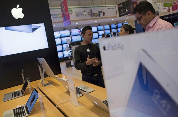 Apple chuyển lắp ráp iPhone 12 từ Trung Quốc sang Ấn Độ - Ảnh 1.