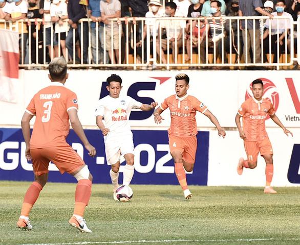 HAGL thắng trận thứ 2 liên tiếp ở V-League 2021 - Ảnh 1.