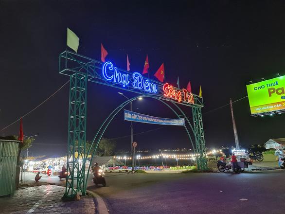Quảng Ngãi: Chợ đêm Sông Trà sắp bị dừng vì chỉ là... phố nhậu - Ảnh 1.