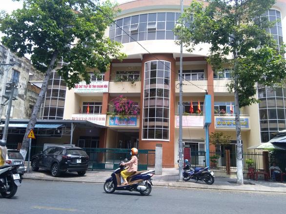 Tự ý đập, xây không phép trong khu trụ sở các hội của tỉnh Khánh Hòa - Ảnh 1.