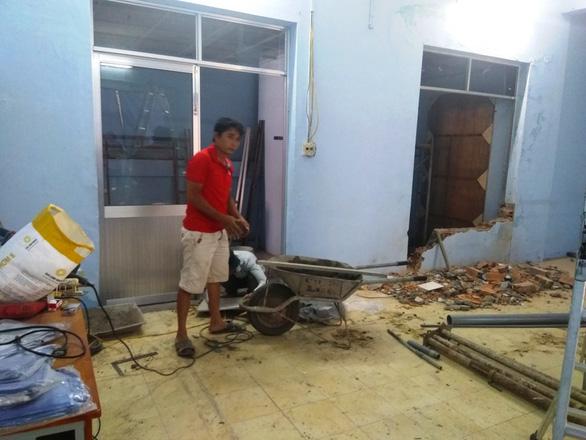 Tự ý đập, xây không phép trong khu trụ sở các hội của tỉnh Khánh Hòa - Ảnh 2.