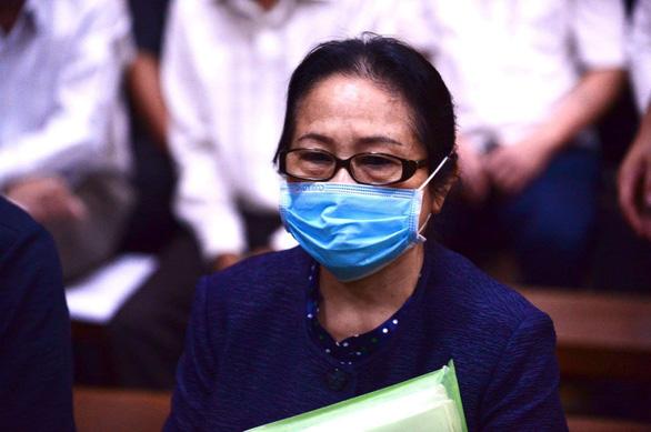 Bị cáo Dương Thị Bạch Diệp yêu cầu thay đổi kiểm sát viên - Ảnh 2.