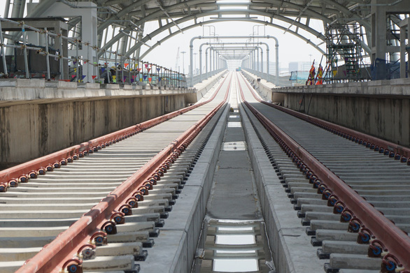 Đề xuất vẫn thuê tư vấn quốc tế đánh giá, chứng nhận an toàn hệ thống metro số 1 - Ảnh 1.