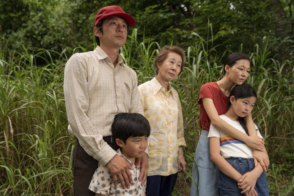 Đề cử Oscar 2021: Phim Netflix dẫn đầu, đa dạng chủng tộc nhất trước nay - Ảnh 2.