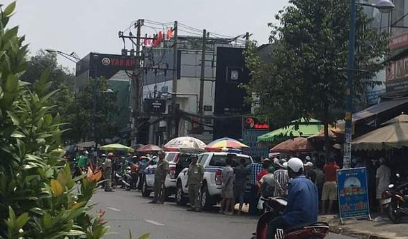Bắt nghi phạm sát hại bà chủ tiệm tạp hóa ở quận Tân Phú - Ảnh 1.