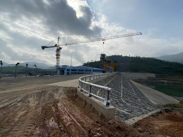 Quảng Nam trình HĐND chuyển đổi hơn 40 ha rừng làm thủy điện, đường, khu đô thị - Ảnh 1.