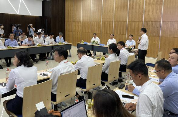 Lãnh đạo TP.HCM thăm Công viên phần mềm Quang Trung - Ảnh 1.