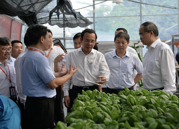 Lãnh đạo TP.HCM thăm Công viên phần mềm Quang Trung - Ảnh 2.