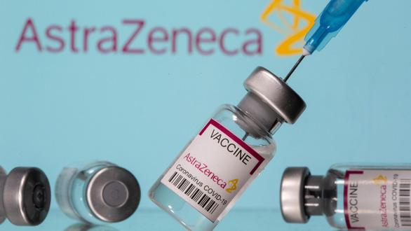 WHO: Lúc này lợi ích vắc xin AstraZeneca nhiều hơn rủi ro, nên tiếp tục tiêm - Ảnh 1.