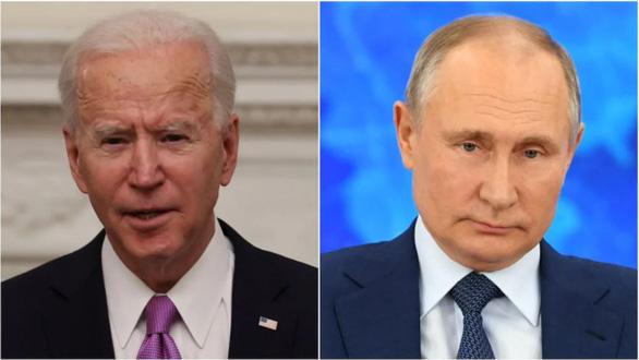 Ông Biden nói ông Putin là kẻ giết người, Nga giận dữ đáp trả - Ảnh 1.