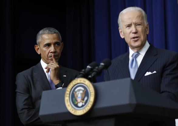Ông Biden nói sếp cũ Obama thiếu quyết đoán về kích thích kinh tế - Ảnh 1.
