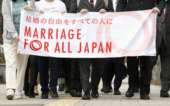 Tòa án Nhật: Chính phủ không công nhận hôn nhân đồng giới là vi hiến - Ảnh 1.