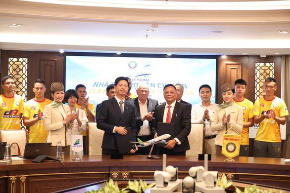 CLB Thanh Hóa lên kế hoạch trả lương theo tuần cho cầu thủ - Ảnh 1.