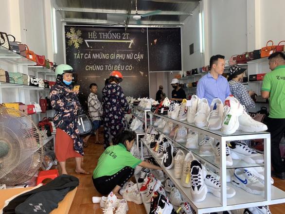 Tuyết Tây Shop - chuỗi cửa hàng đồng giá 2T hàng hiệu giá tốt - Ảnh 1.