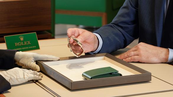 Rolex World Service: khi bảo dưỡng đồng hồ là một nghệ thuật - Ảnh 1.