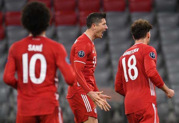 Thắng tiếp Lazio, Bayern Munich vào tứ kết Champions League - Ảnh 1.