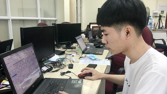 Sinh viên Việt Nam giành giải 3 Olympic vi điện tử quốc tế - Ảnh 1.