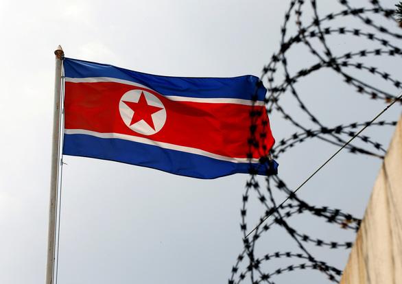 Malaysia yêu cầu nhân viên ngoại giao Triều Tiên về nước - Ảnh 1.