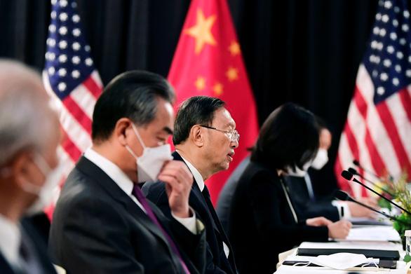 Trung Quốc, Mỹ khẩu chiến dữ dội tại Đối thoại Alaska - Ảnh 1.
