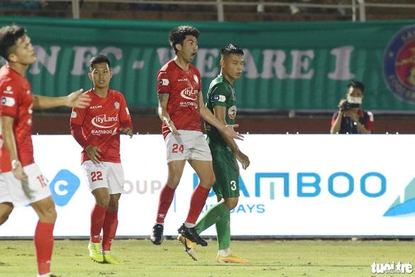 Lee Nguyễn nói gì sau bàn thắng đầu tiên tại V-League 2021? - Ảnh 4.