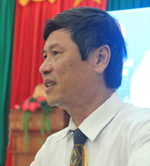 Chủ tịch huyện chuyển đổi mục đích sử dụng đất cho người thân trái quy định - Ảnh 1.