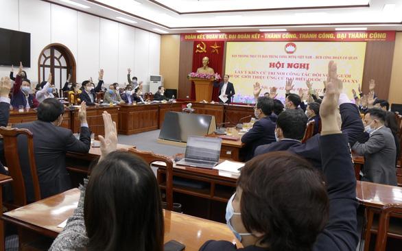 Giới thiệu chủ tịch và tổng thư ký Mặt trận Tổ quốc Việt Nam ứng cử đại biểu Quốc hội - Ảnh 1.