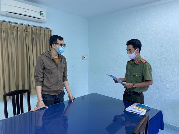 Ban quản lý khu cách ly Vietnam Airlines liên đới gì trong vụ nam tiếp viên làm lây dịch COVID-19? - Ảnh 1.