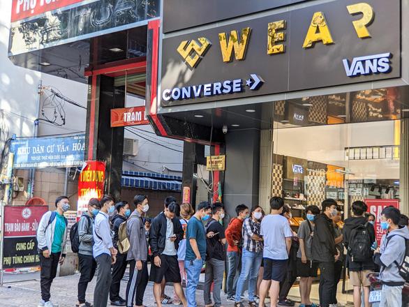 WearVN - nhà phân phối giày Converse, Vans chính hãng - Ảnh 1.