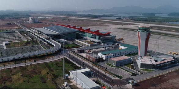 Mở cửa lại sân bay Vân Đồn từ 6h01 ngày 3-3 - Ảnh 1.