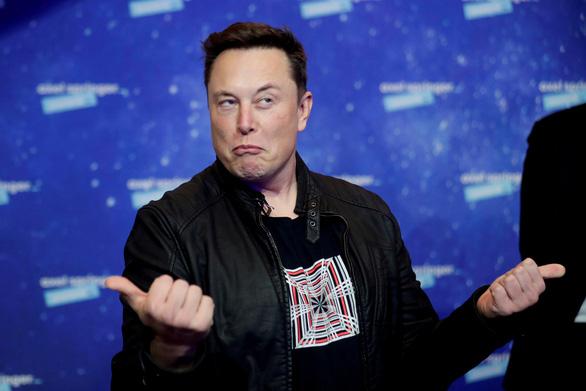 Tỉ phú Musk nói Tesla sẽ đóng cửa nếu dùng xe làm gián điệp - Ảnh 1.