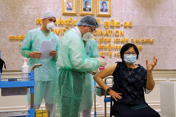 WHO cảnh báo tình hình dịch nghiêm trọng tại Campuchia - Ảnh 1.