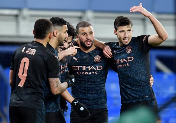 Bùng nổ 7 phút cuối, Man City hạ Everton vào bán kết Cúp FA - Ảnh 1.