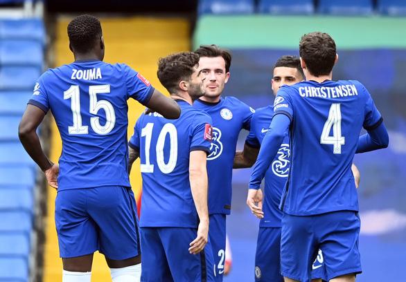 Thắng chật vật đội bét bảng Premier League, Chelsea vào bán kết Cúp FA - Ảnh 1.