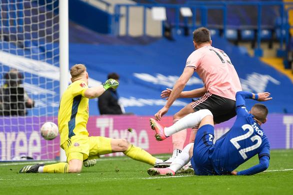 Thắng chật vật đội bét bảng Premier League, Chelsea vào bán kết Cúp FA - Ảnh 2.
