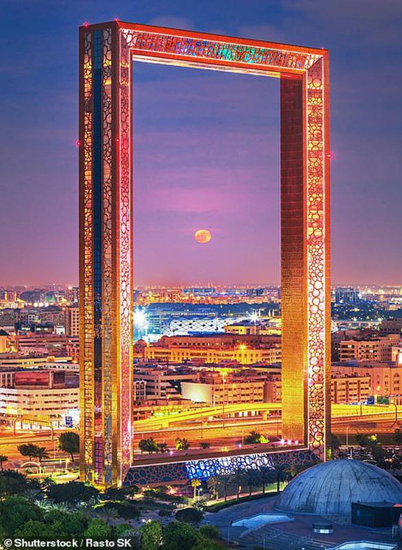 Cầu Vàng ở Đà Nẵng vào danh sách kỳ quan thế giới mới của báo Anh - Ảnh 5.