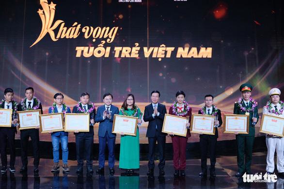 Gương mặt trẻ Việt Nam: Những viên gạch hồng dựng thành lũy chống dịch - Ảnh 3.