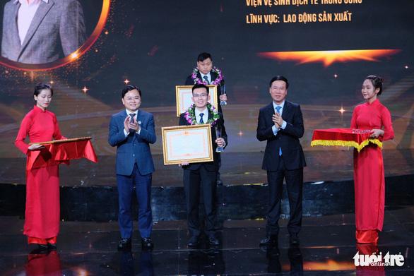 Gương mặt trẻ Việt Nam: Những viên gạch hồng dựng thành lũy chống dịch - Ảnh 1.