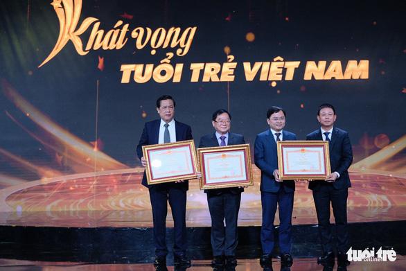 Gương mặt trẻ Việt Nam: Những viên gạch hồng dựng thành lũy chống dịch - Ảnh 8.