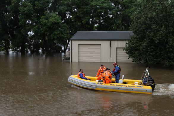 Lũ lụt lịch sử, Úc phải sơ tán khoảng 18.000 người - Ảnh 1.