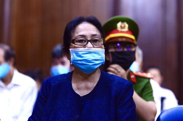 Đề nghị tuyên phạt bà Dương Thị Bạch Diệp mức án chung thân - Ảnh 1.
