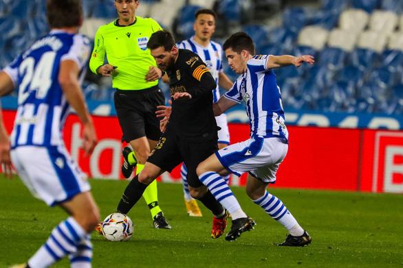 Messi lập cú đúp giúp Barca có chiến thắng 6 sao và bám sát Atletico Madrid - Ảnh 2.