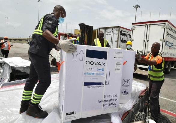 Việt Nam sắp tiếp nhận lô vắc xin COVID-19 đầu tiên qua cơ chế COVAX - Ảnh 2.
