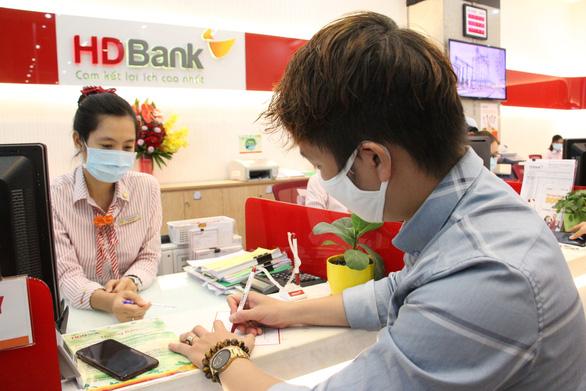 HDBank ưu đãi phí chuyển và tỉ giá mua ngoại tệ cho khách hàng cá nhân - Ảnh 1.