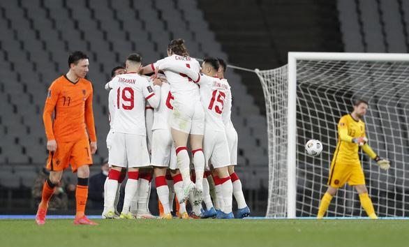 Yilmaz lập hat-trick, Thổ Nhĩ Kỳ lại 'làm gỏi' Hà Lan - Ảnh 2.